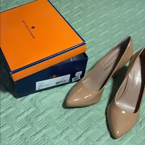 Size 8 Adobe two tone patent shoes